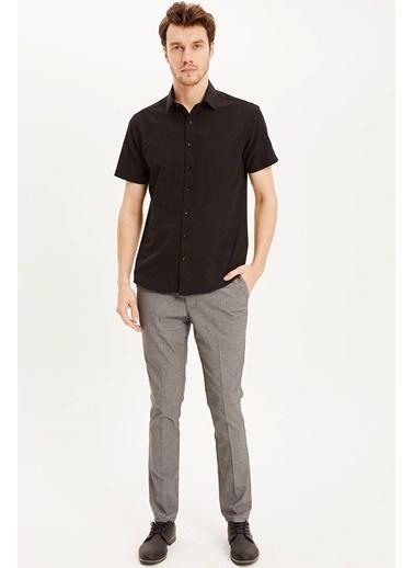 DeFacto Kısa Kollu Modern Fit Gömlek Siyah
